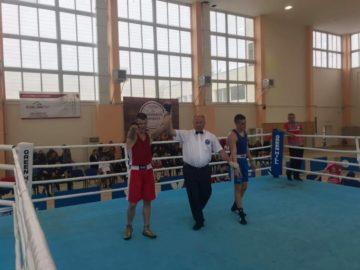 Николай Коев със златен медал от държавното първенство по бокс във Варна