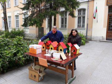 Великденски базар има пред ПГДВА - Русе