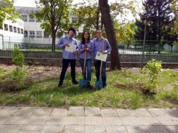 Две нови дръвчета в СУПНЕ за Деня на Земята