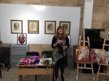 Надежда Радева представи новата си стихосбирка тази вечер