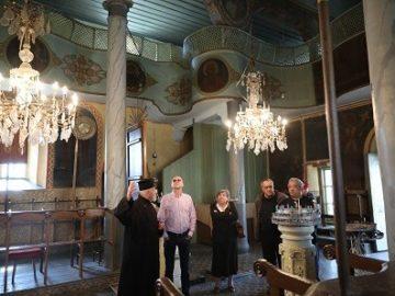 Народният представител Пламен Нунев пое ангажимент да съдейства за ремонта на близо 160 - годишната църква в Червена вода