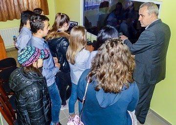 """Съдия от Окръжен съд – Русе изнесе лекция пред петокласници в """"синя стая"""""""