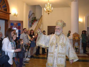 """Епископ Тихон отслужи опело Христово в храма """"Всех Святих"""""""