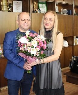 Зам. - кметът на Община Русе Наталия Кръстева празнува днес рожден ден