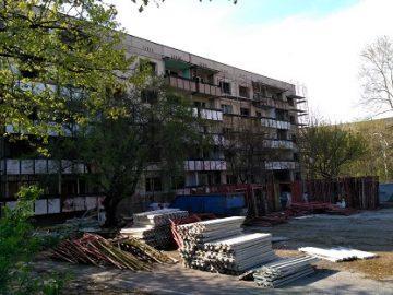 Започна ремонтът на общежитието на Спортното училище в Русе