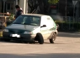 Автомобил пострада сериозно при ПТП на кръстовището при Пантеона