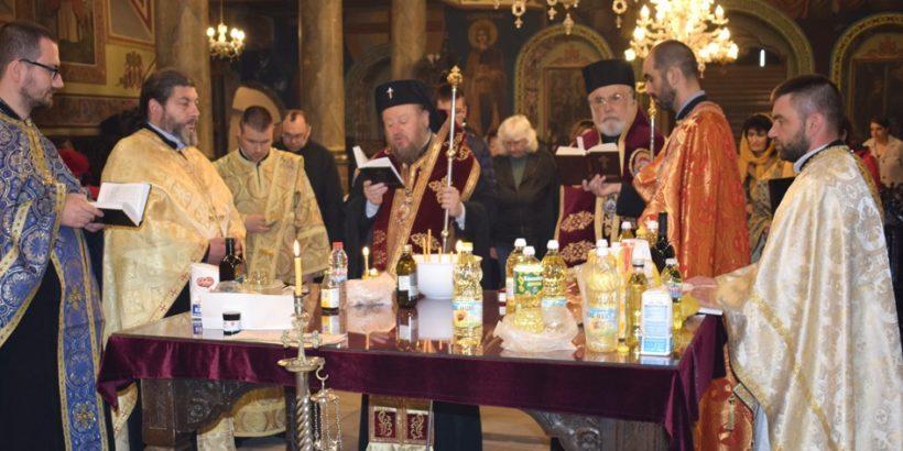Традиционен маслосвет за здраве на Велики четвъртък в Русе