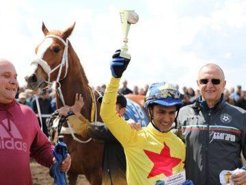 Пламен Нунев участва в откриването на ежегодните конни надбягвания в Сандрово