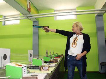Мария Гроздева с първи изстрел в обновената зала по спортна стрелба