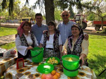 Народният представител Пламен Нунев участва във фестивал на пролетните празници на етносите в Семерджиево