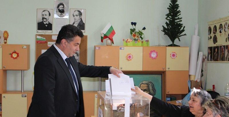Областният управител Г. Григоров: Гласувах за защита на българските национални интереси!