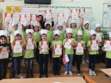 """Започна """"Революция в храненето 2019"""" в СУ за европейски езици"""