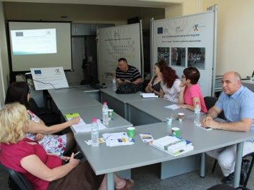 Университетски преподаватели от Полша и Русе гостуваха днес на Областния информационен център