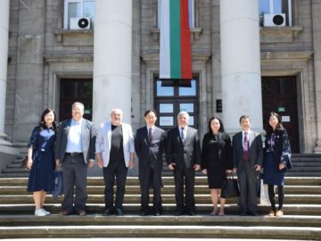 Русенският университет разширява сътрудничеството си с Китай