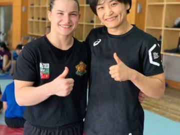 Звездите Биляна Дудова и Каори Ичо заедно на тепиха в Окаяма