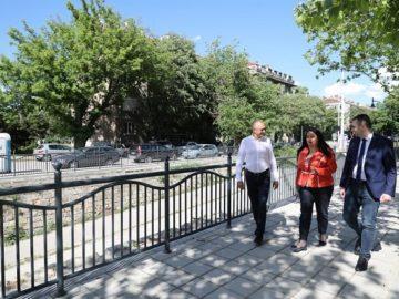 Предизборна хроника: Лиляна Павлова провери напредъка на строителните дейности по два големи европейски проекта на Община Русе