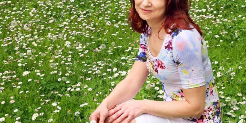 """Ваня Акъллиева ще представи своята дебютна книга """"Разнолики думи"""""""