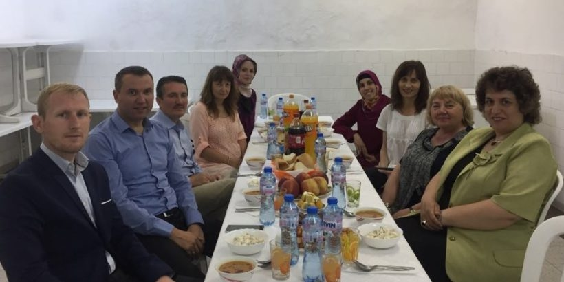Духовно училище - Русе даде ифтар