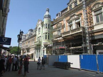 """Реставрират още една стара сграда по ул. """"Александровска"""""""