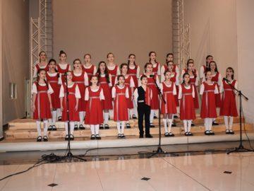 """Детски и дамски камерен хор """"Дунавски вълни"""" с годишен концерт утре"""
