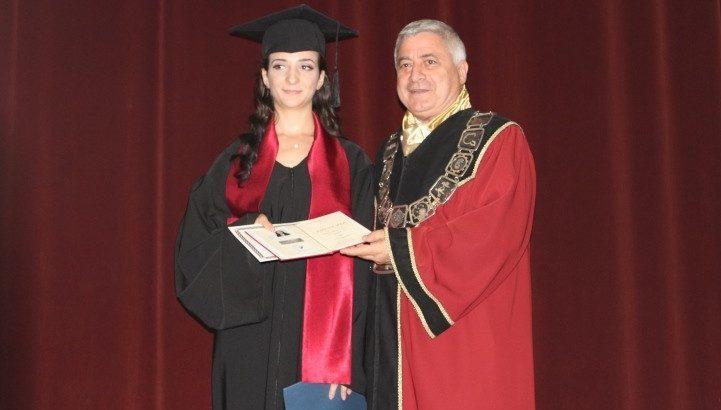 Връчиха дипломите на абсолвентите от Юридическия факултет на Русенския университет