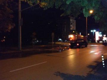 Денем и нощем мият улиците в Русе
