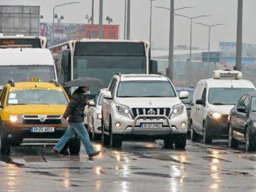 букурещ автомобили кръстовище