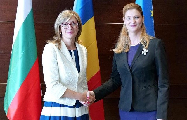 Екатерина Захариева в Букурещ: Енергийната и транспортната свързаност са приоритети в отношенията ни с Румъния