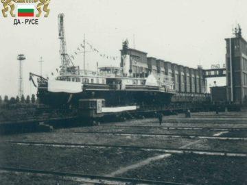 """Преди 53 години от Русе потегля възстановеният """"Радецки"""""""
