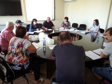 В Ценово се споразумяха за членовете на секционните комисии