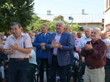 """Представиха нова книга по повод 150 години от създаването на националния колеж """"Йон Майореску"""" в Гюргево"""