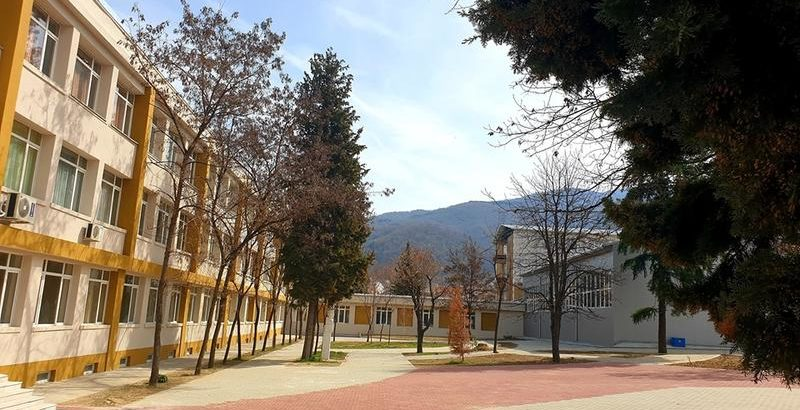МРРБ обновява 435 училища и детския заведения и 13 университета в 112 български общини