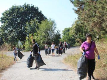 12 000 чистиха днес в Русенска област