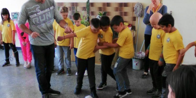 """Учениците от ОУ """"Н. Обретенов"""" се включиха в Европейската седмица на програмирането"""