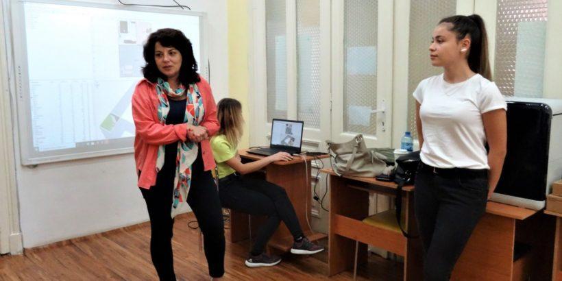 """Отново """"Професионалисти в действие"""" в РБ """"Л. Каравелов"""""""