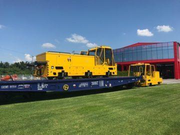 """Нов вагон за превоз на малки локомотиви разработи русенското дружество """"Експрес сервиз"""""""