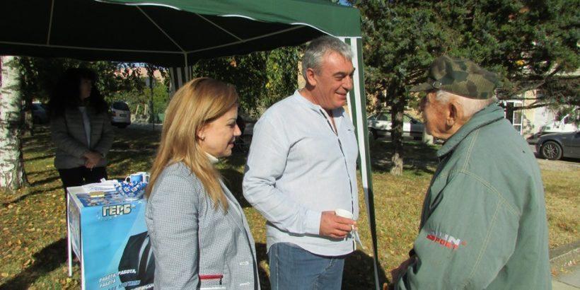 Народният представител Светлана Ангелова участва активно в предизборната кампания в Община Две могили