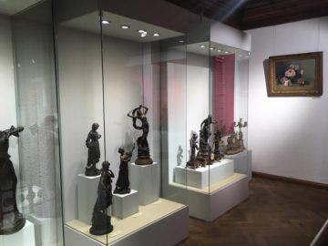 """""""Луксът на XIX век"""" гостува в Троян"""