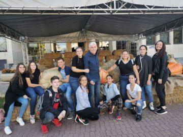 Млади театрали от НУИ спечелиха Гран при от националния фестивал на любителските театри в Севлиево
