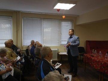 Пенчо Милков: Общината трябва да създаде удобна среда за живот в домовете за възрастни хора