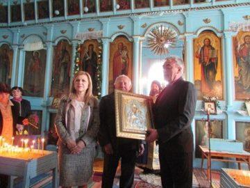 """Народният представител Светлана Ангелова уважи 110 години от освещаването на храма """"Свети Йоан Рилски"""" в Острица"""