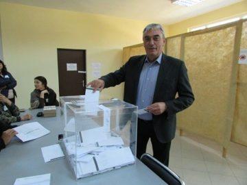 Б. Борисов: Гласувам за бъдещето на Две могили!