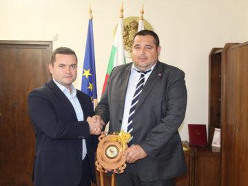 Районният мюфтия на Русе Юджел Хюсню поздрави Пенчо Милков