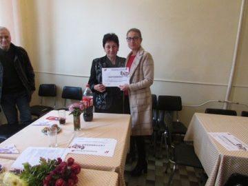 Пенсионери от Ценово получиха сертификати за компютърна грамотност