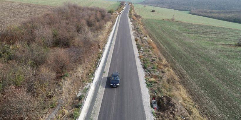 Приключва реконструкцията на пътя от гара Бяла до Босилковци