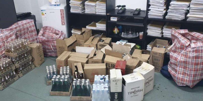 Над 200 литра контрабанден алкохол задържаха на Дунав мост 1