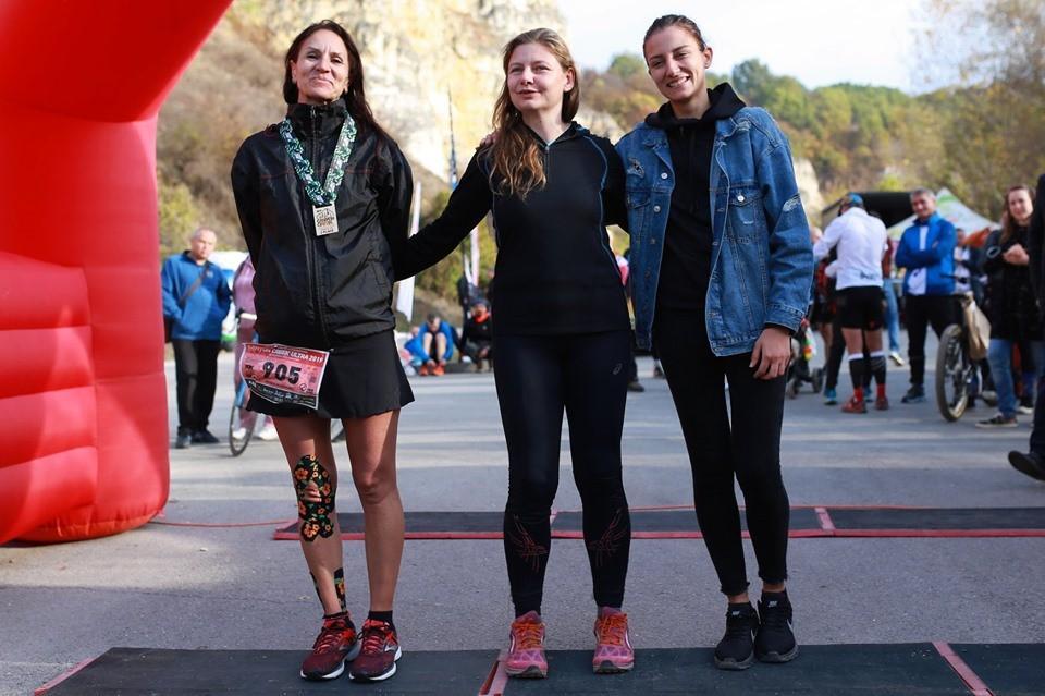 Денка Абрашева първа на 90 км. в Canyon Creek Ultramarathon-2019