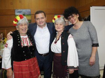 Пенчо Милков: Нека да се научим както живеем с подкрепа и топлина в семейството, така да бъде и в нашето общество