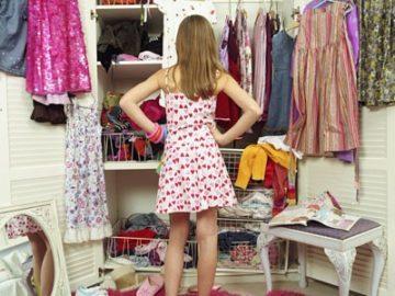 гардероб момиче дрехи избор