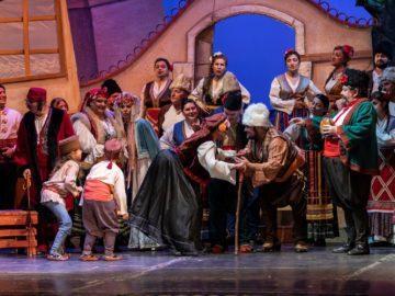"""Изчерпани са билетите за оперетата """"Българи от старо време"""" на 10 декември"""